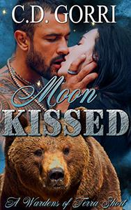 Moon Kissed: A Wardens of Terra Short 2: The Wardens of Terra Shorts Book 2